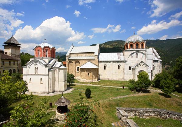manastir studenica ublizini vrnjacke banje