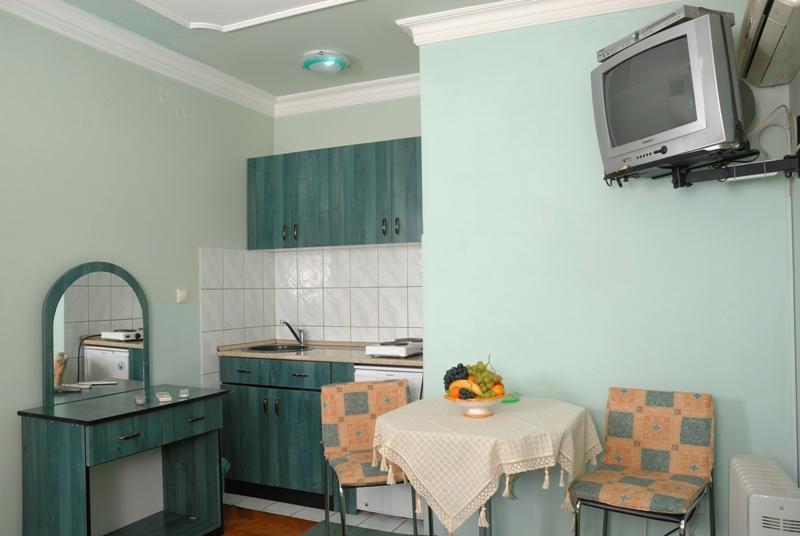apartman-br-2-kuhinja