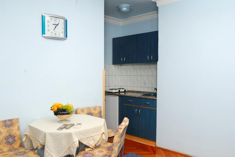 apartman broj tri slika 3