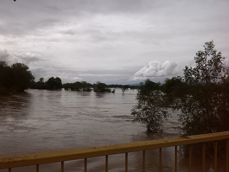 poplava , most na moravi kod V. Banje